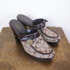Coach Jodey Signature Brown Monogram Clogs. 9.5